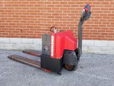 RAYMOND 101T-F40L 4000 LB. CAPACITY 24V WALK-BEHIND ELECTRIC PALLET JACK WITH CHARGER, 10,440 HRS (