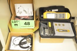 FLUKE 805 FC DIGITAL HANDHELD VIBRATION METER WITH CASE AND (2) FLUKE 805ES EXTERNAL VIBRATION