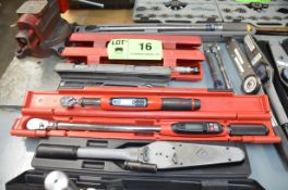 LOT/ DIGITAL AND CONVENTIONAL TORQUE WRENCHES