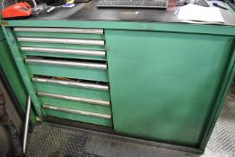 LOT/ LISTA TYPE TOOL CABINET WITH CONTENTS CONSISTING OF DRILLS, TAPS, TOOLING, AND HARDWARE (