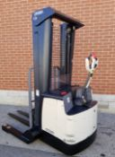 """CROWN (2011) SH5520-40 24V ELECTRIC WALK-BEHIND PALLET STACKER WITH 4000 LB. CAPACITY, 128"""" MAX."""