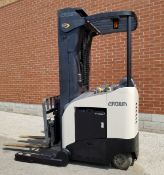 """CROWN (2004) RD5220-30 36V ELECTRIC DEEP REACH TRUCK WITH 3000 LB. CAPACITY, 225"""" MAX. LIFT"""