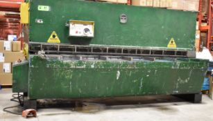 DIGEP DLB6/3050 10' MECHANICAL SHEAR, S/N: 227 [RIGGING FEE FOR LOT #47 - $1200 CAD PLUS
