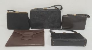 Five assorted vintage handbags(5)