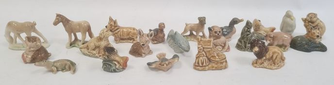 Quantity of Wade Whimsies animals and models (1 box)