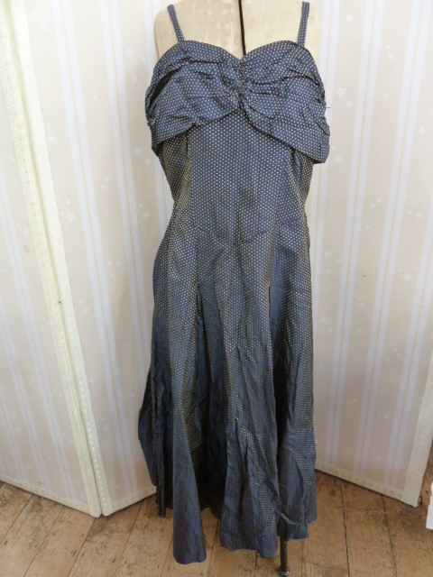 1950's brocade evening dress, full skirted, strapless bandeau top, button detail to the back, a - Image 3 of 8