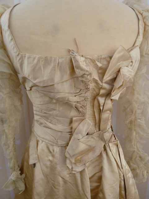 Victorian  ivory satin wedding dress with pleated bodice, full skirt, chiffon ruched sleeves - - Image 4 of 4