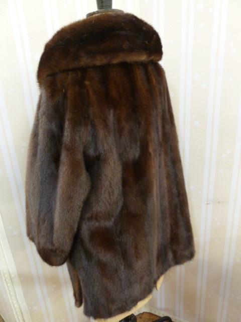 Vintage dark brown mink coat, three quarter length,with a cowl collar, bracelet sleeves, single - Image 2 of 2