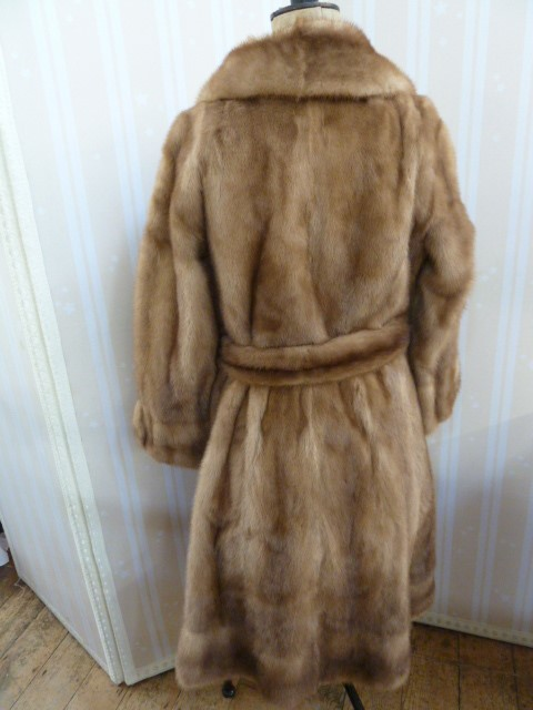 1970's full-length mink coatwith banded hem, cuff sleeves, with belt and metal buckle - Image 2 of 2