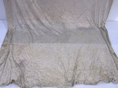 Large assuit shawl with silver-coloured metal Condition ReportA hole - show in images Tarnished Size