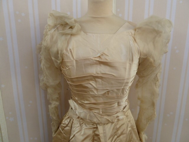 Victorian  ivory satin wedding dress with pleated bodice, full skirt, chiffon ruched sleeves - - Image 2 of 4