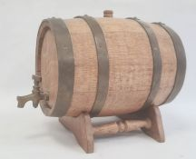 Miniature oak and bound barrelon stand, total height approx. 26cm