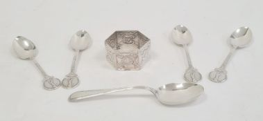 Victorian silver napkin ringof hexagonal form, engraved with flowers, London 1884, set of four