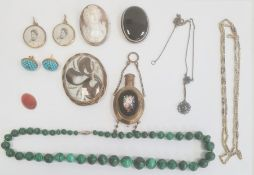 A malachite graduated beaded necklace, a banded agate brooch (broken clasp), pair Victorian gold