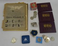 Collection of commemorative old crowns, world coins, etc