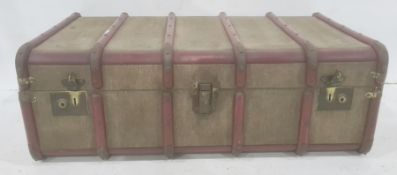 Vintage canvas travelling trunk with wooden bands and internal pull-out trayCondition