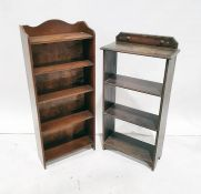 Two open bookcasesand a nest of three oak tables(3)