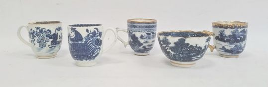 Collection of Caughley and Chinese export porcelain, late 18th century, pseudo Chinese script