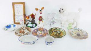 Resin modelof a poodle, a pottery modelof a comical dog, other ornaments, a mirror, a clock, model