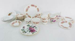 Assorted ceramicsto include Colclough Wayside part service, vases, pottery, Royal Ivory serving