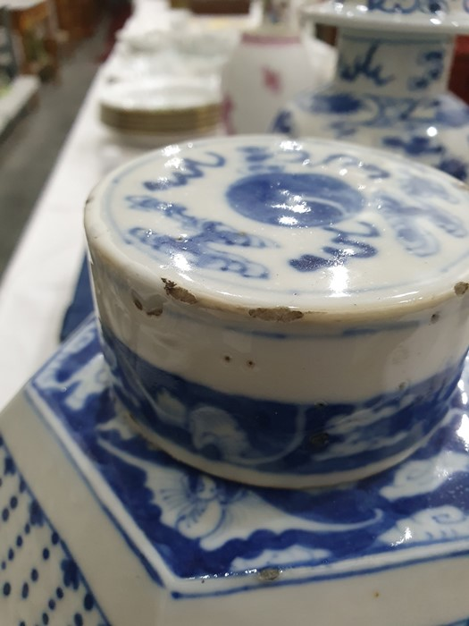 Chinese porcelain hexagonal jar and cover, underglaze blue decoration of lakeside landscape - Image 12 of 25