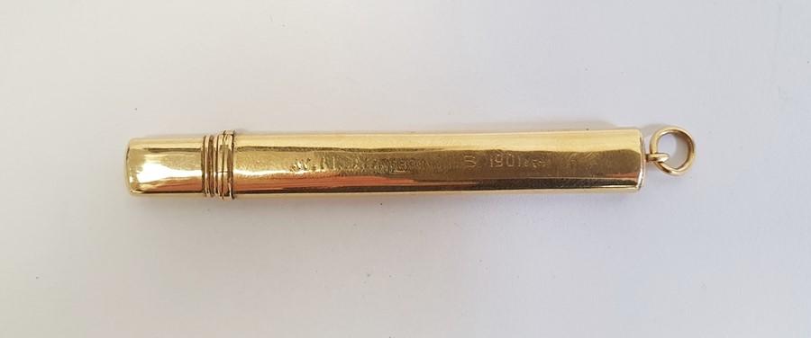 Aspray 18ct gold pencil caseof plain rectangular form with presentation inscription, 8cm long (with - Image 2 of 5
