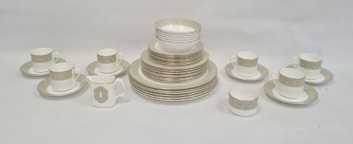 Royal Doulton 'Sonnet' pattern dinner servicefor six persons to include:- three sizes of plates,