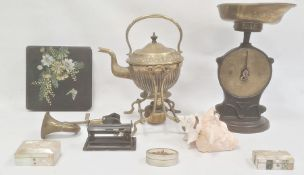 Late Victorian Arts and Crafts style brass spirit kettle with stand and burner, set of Salters