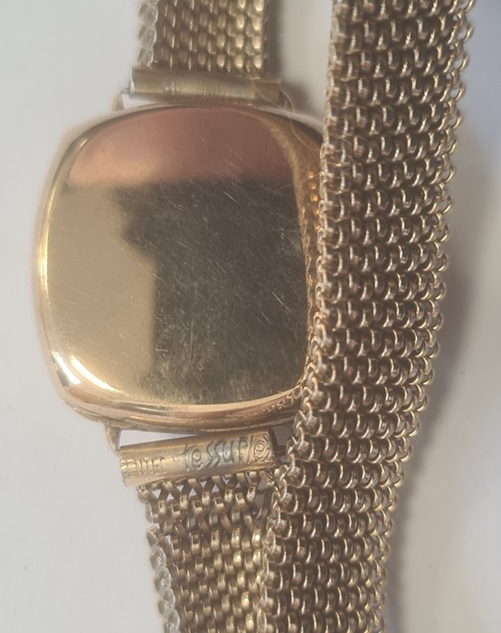 Lady's 9ct gold Avia bracelet watch, the circular dial with arabic numerals and subsidiary seconds - Image 3 of 3