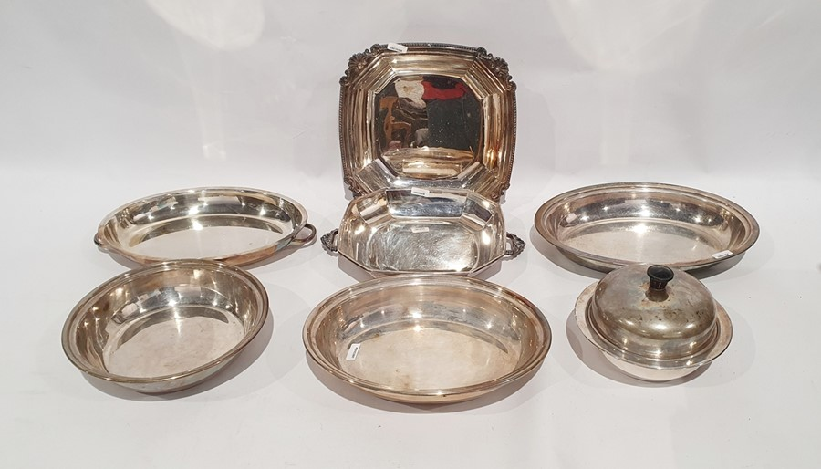 Quantity of plated ware, various flatwareand serving dishes(1 box)