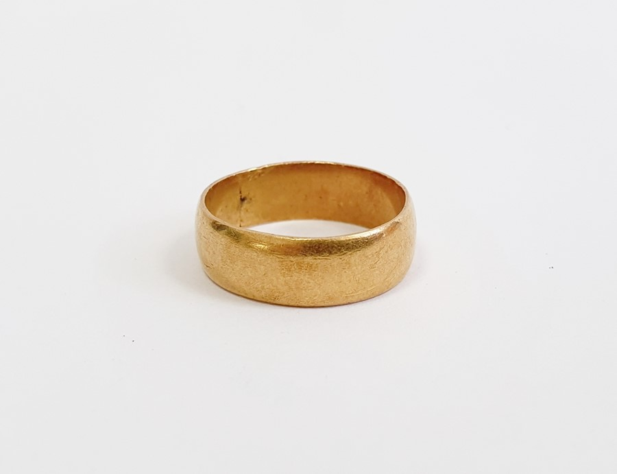 9ct gold wedding ring, approx. 5g