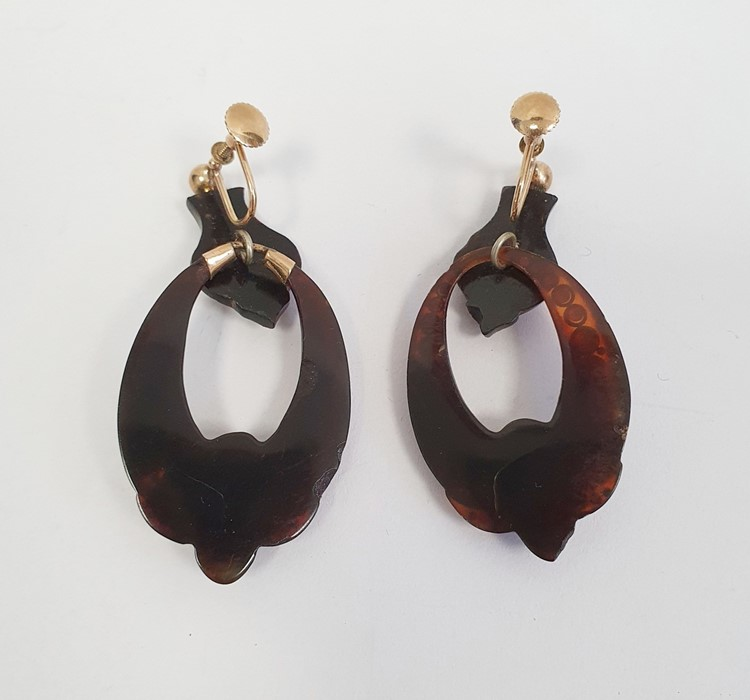 Pair of 19th century tortoiseshell and pique work drop earrings, each with a suspended hoop with - Image 2 of 2