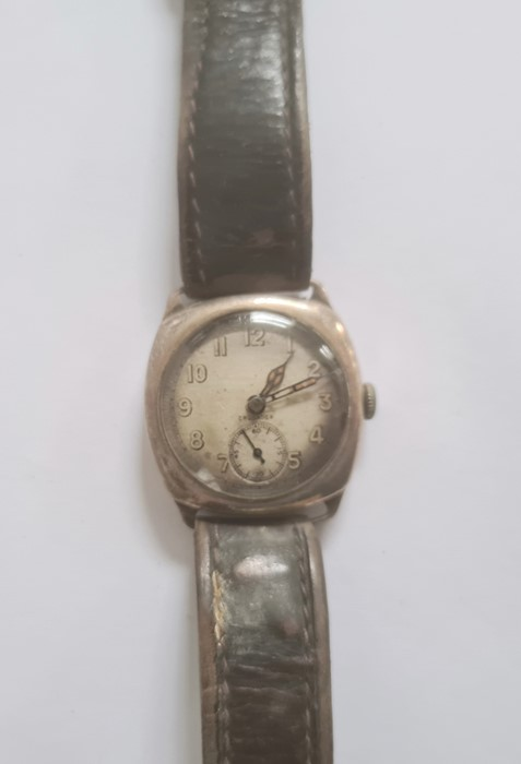 20th century Crusader silver-coloured metal wristwatchwith subsidiary seconds dial