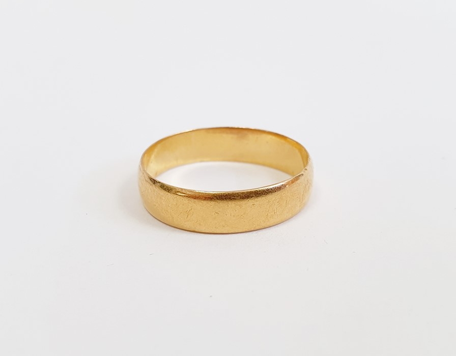 22ct gold wedding ring, approx. 3.5g