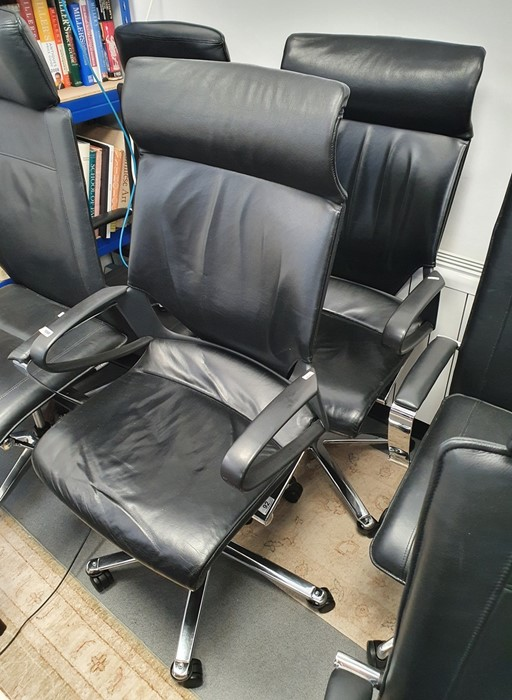 Two office swivel chairs (2)