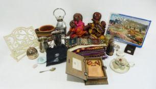 Box of assorted empty jewellery boxes including Links of London, Skagen, Ernest Jones etc. a
