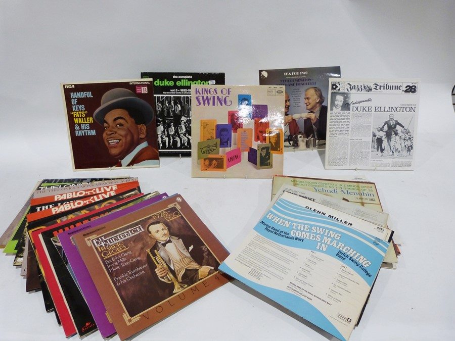 Quantity of long playing records ( vinyl) , mainly classical and some sound track LPs from musical