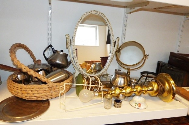 Brushed brass table lamp, cream painted toilet mirror, basket, frog modeland other decorative items