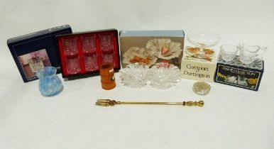 Box of assorted ceramicsincluding a Royal Doulton Reflection pattern part-tea service, Wedgwood