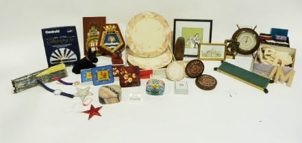 Quantity of ramekins, a silvered effect model of a horse and foal, various vases, etc. (3 boxes)