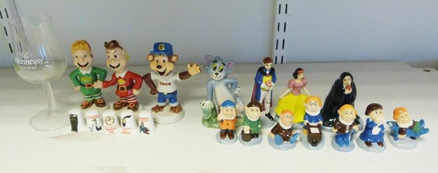 Tetley storage jars, money boxes, mugs, figurines, salt and peppers etc. (1 box) - Image 2 of 4