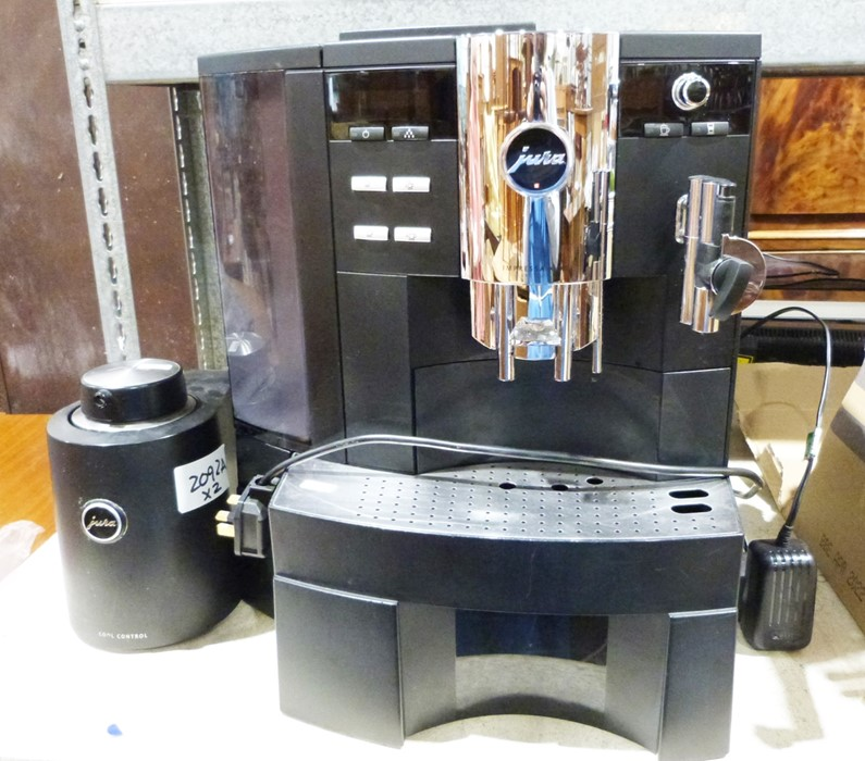 Jura Bean to Cup coffee maker and milk frother