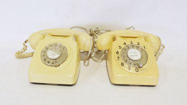 Pair of vintage cream-coloured telephones (2)
