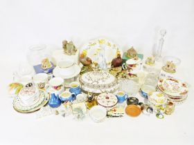 Box of various china and glasswareto include five Lilliput Lane ornaments, a Royal Albert 'Old