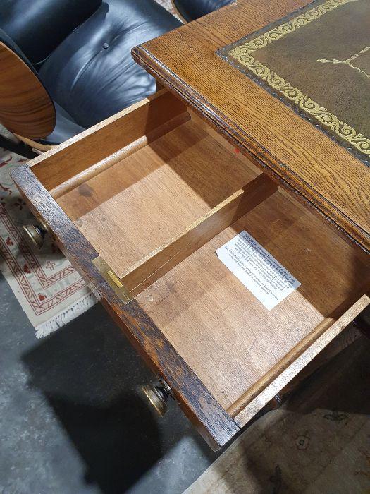 Edwardian oak partner's pedestal desk of large proportions, the rectangular gilt tooled leather - Image 22 of 26