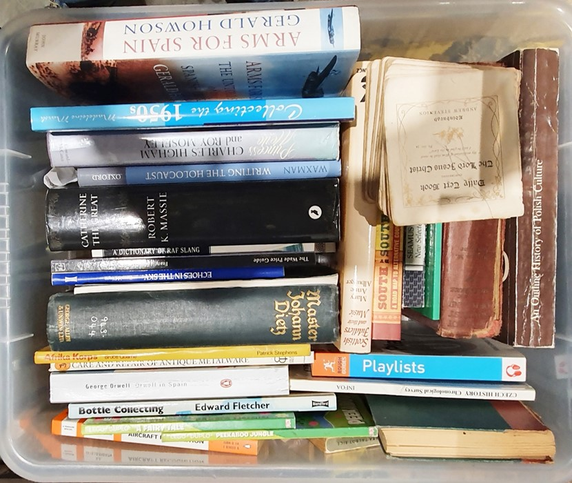 Quantity of bookson various subjects, to include history, topography, collecting, Polish history, - Image 3 of 3