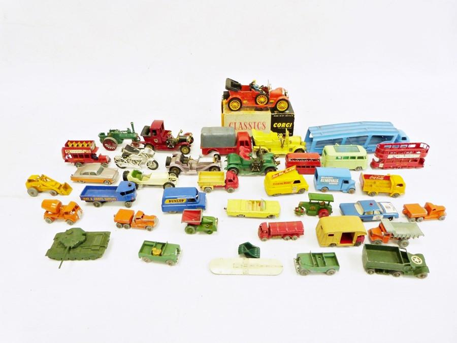 Quantity of Lesney, Matchbox, Corgi and other small model vehicles (1 box)