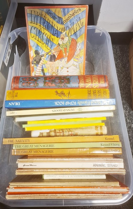 Childrens books and others to include Cecil Aldin, John Skeaping, pop up books, annuals, etc (2 - Image 2 of 11