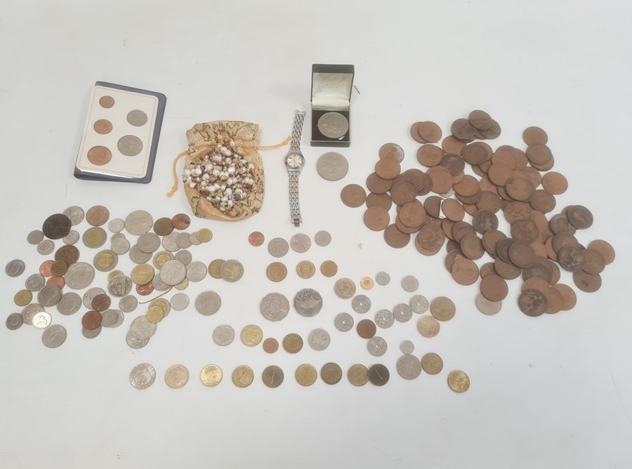 Quantity of British and foreign coinage