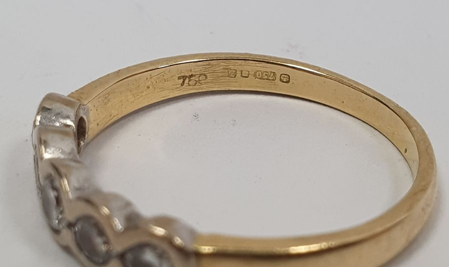 ****** Withdrawn********18ct gold five-stone diamond ring, the brilliant cut diamonds in rubover - Image 6 of 6